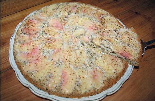 Gâteau aux pêches et graines de pavot